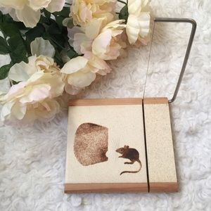Vintage Wood Mouse Cheese Cutting Board.m